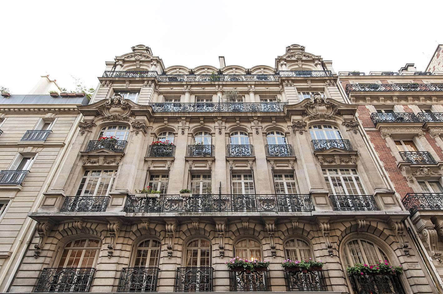 paris-17eme-arrondissement-rue-denis-poisson
