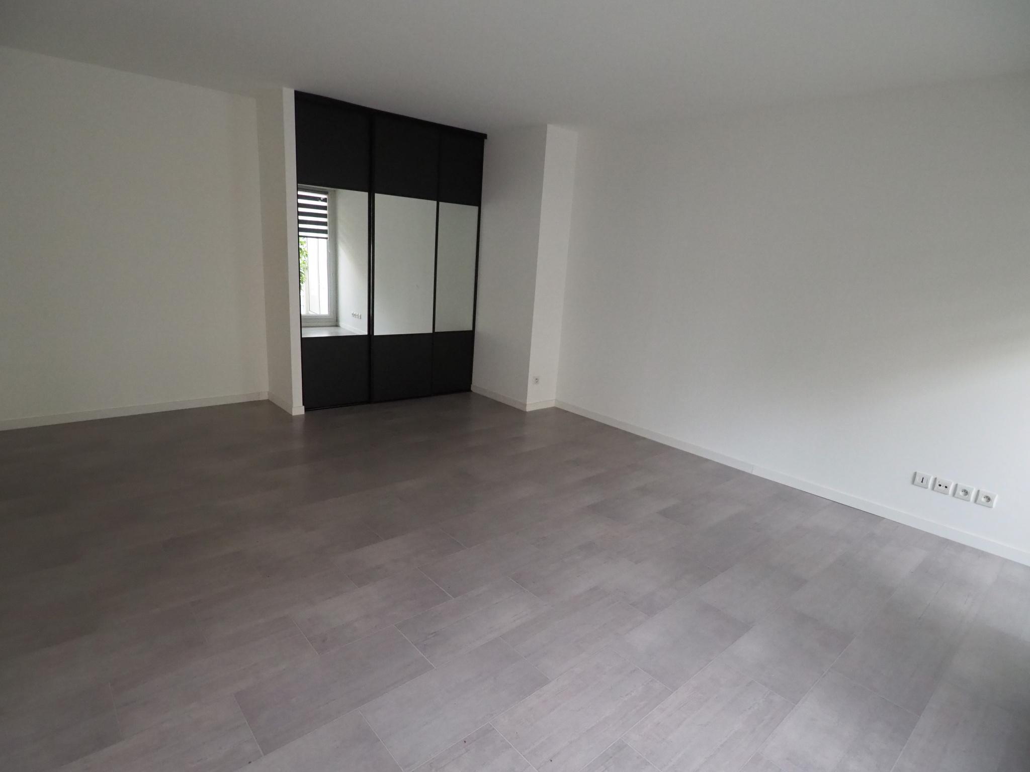 appartement-t5-halles-courteline