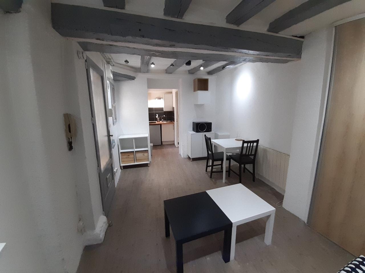 quartier-des-halles-studio-meuble