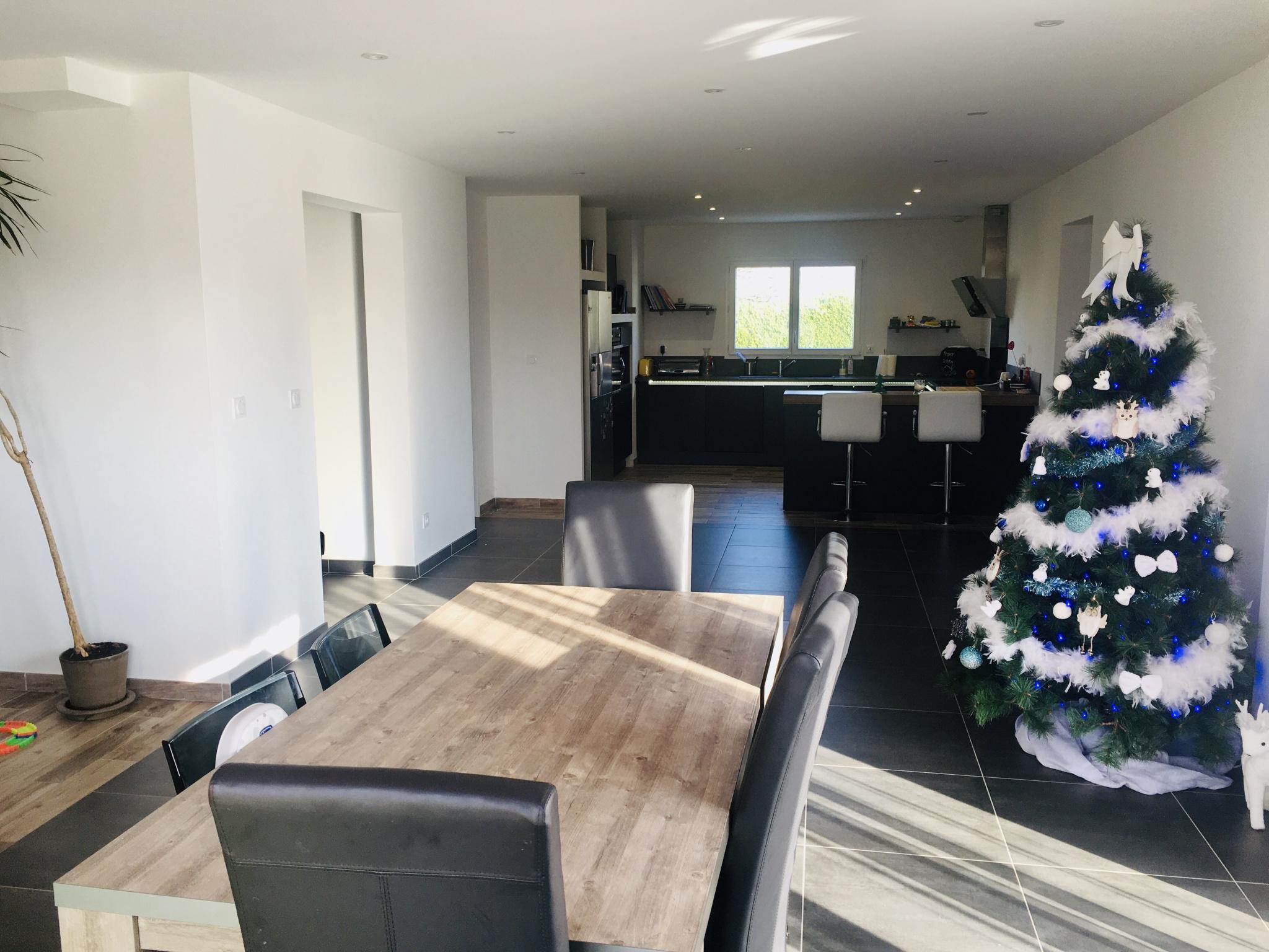 maison-moderne-basse-consomation-d-energie