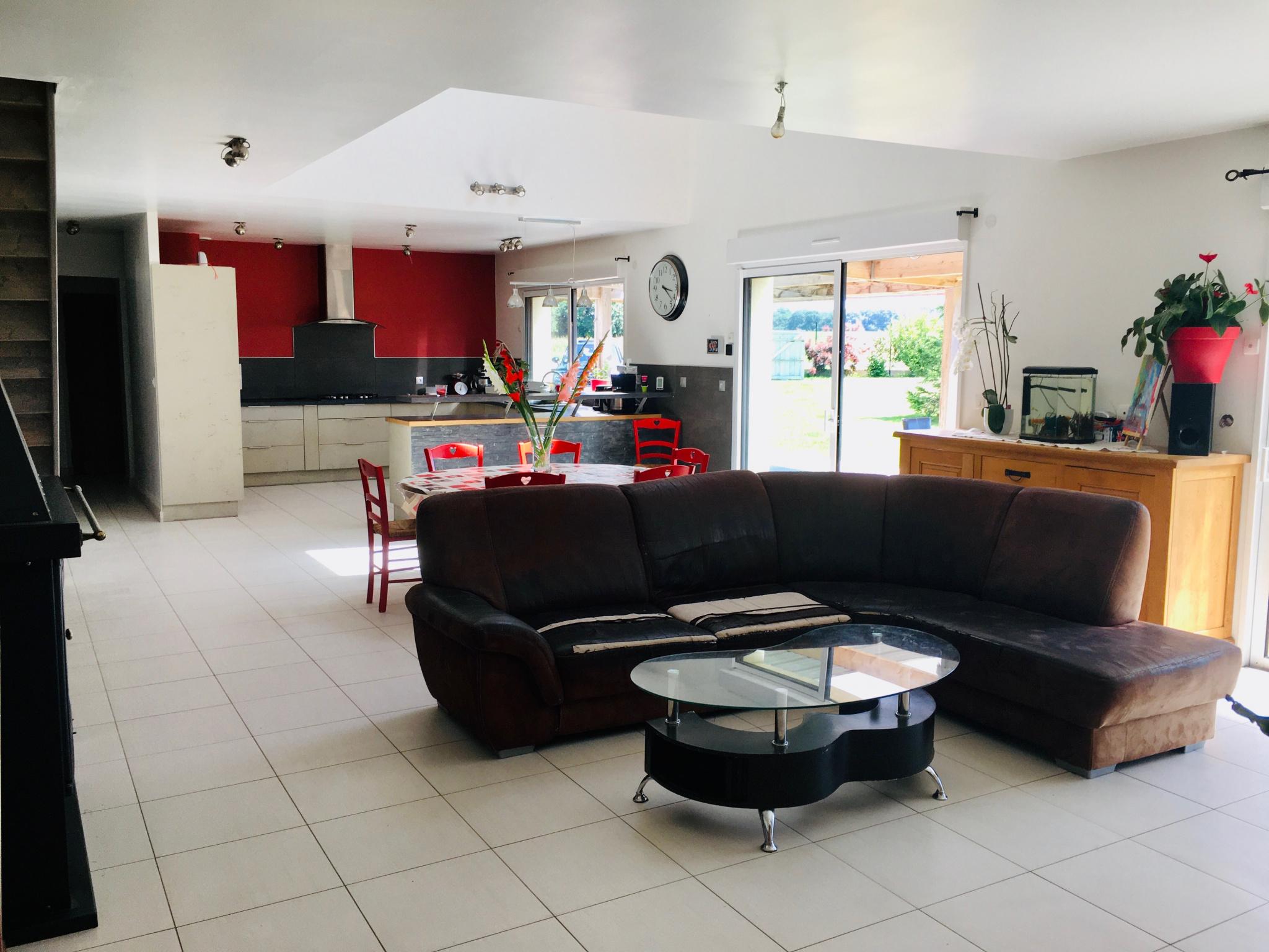 grande-maison-avec-dependance-de-240-m2